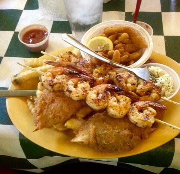 Docs Seafood Lunch 3.jpg