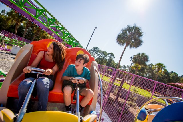 SpinningCoaster - Coutesy of The Track Family Fun Parks - reduced file size.PNG