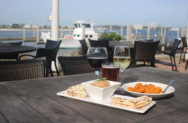 5 Ways to Dine the Coastal Way