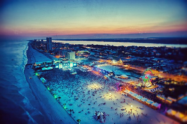 Hangout Music Festival at night