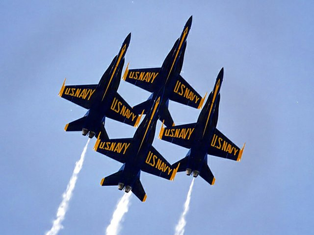 Blue Angels Free practices in Pensacola