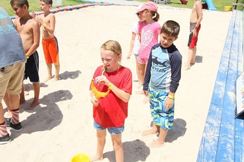 Beach Games at Tacky Jacks Gulf Shores | July 6, 2017